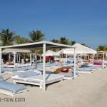 Relaxen op het strand van curacao