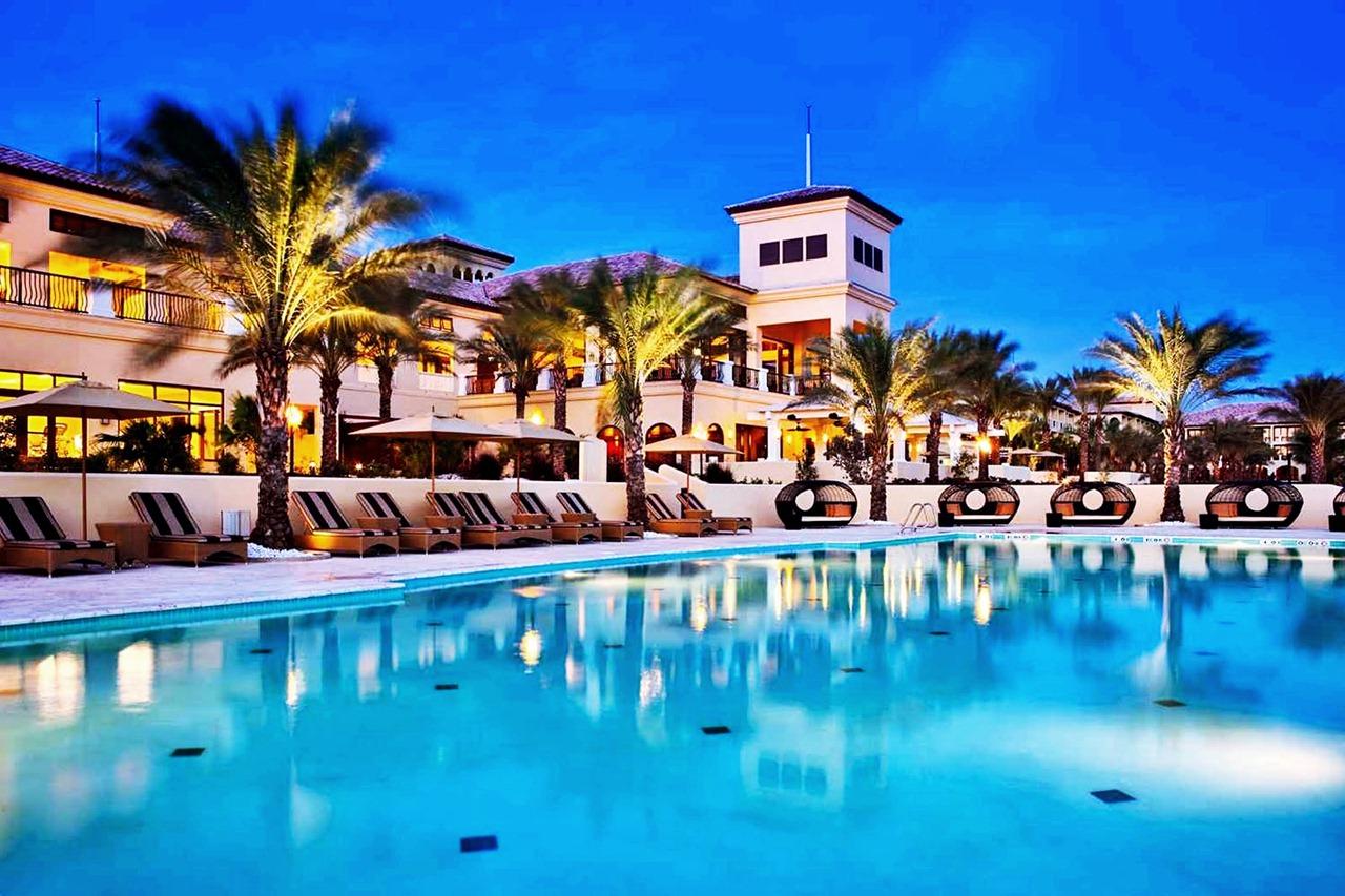 Curacao Suites Hotel
