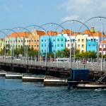 http://www.prachtigcuracao.nl/wp-content/uploads/2014/07/Willemstad-Curacao-21980.jpg